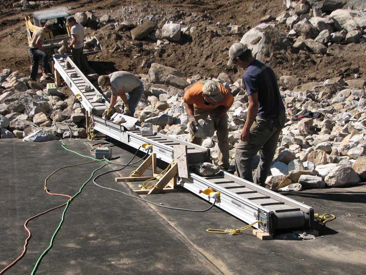 Portable Conveyor To Move Sand Dirt And Gravel
